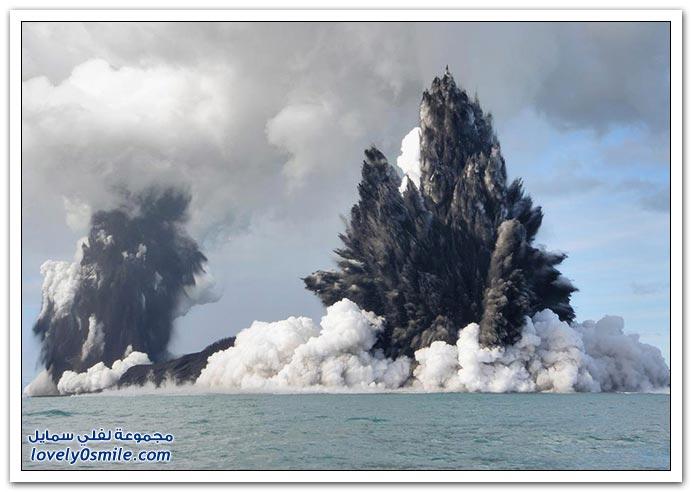 بِـرْكَـآنْ تَحْتْ سَطْحْ اَلْمَآءْ ... :| T01-eruptions-near-tonga