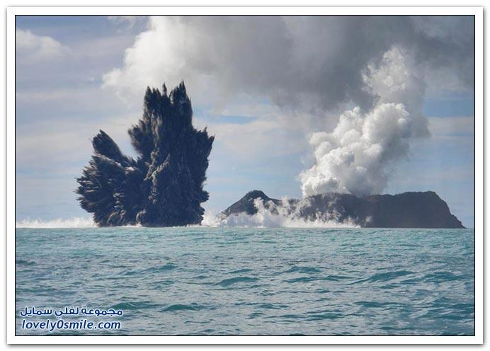 بِـرْكَـآنْ تَحْتْ سَطْحْ اَلْمَآءْ ... :| T05-eruptions-near-tonga