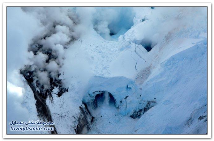 صور من بركان ألاسكا