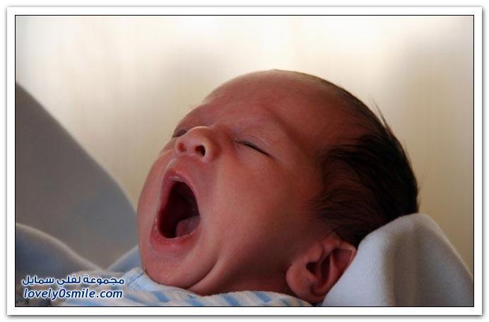 صور لتثائب الأطفال Babies-yawn-01