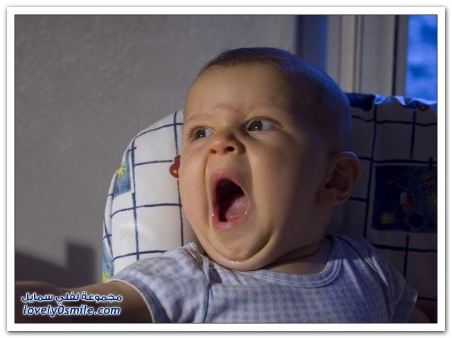 صور لتثائب الأطفال Babies-yawn-04
