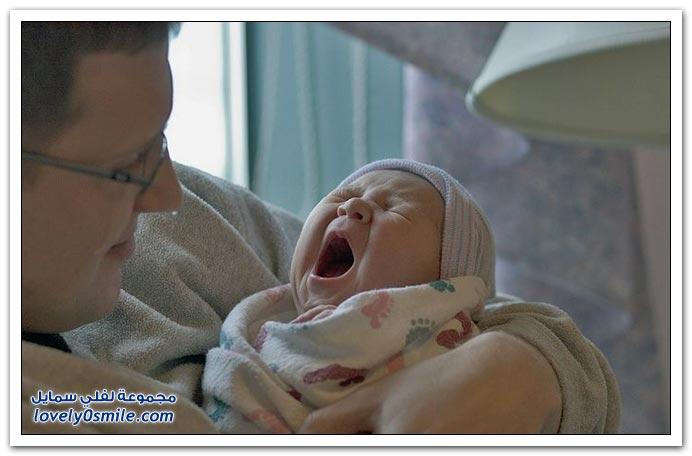 صور لتثائب الأطفال Babies-yawn-06