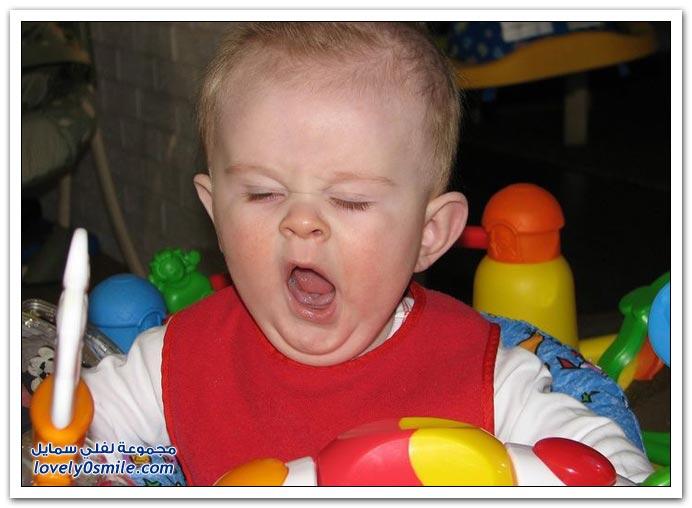 صور لتثائب الأطفال Babies-yawn-12