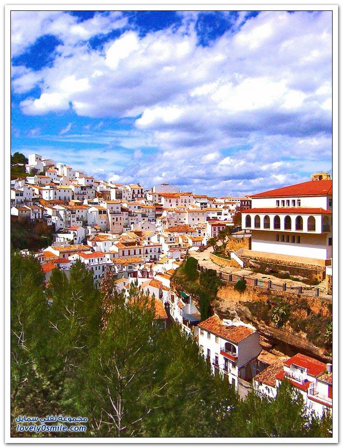 صور: المدينة الجبلية