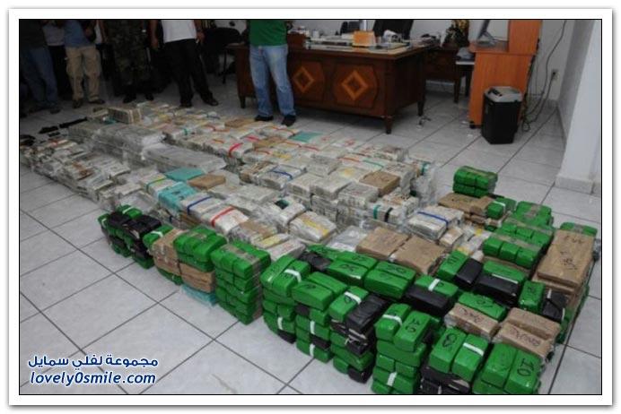 صور لمنزل زعيم المخدرات في كولومبيا مع ملايين الدولارات