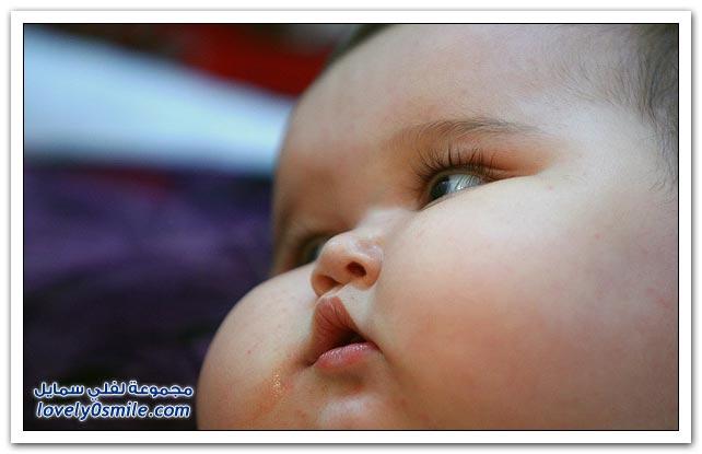 خدود الطفل الصغير ما شاء الله تبارك الله