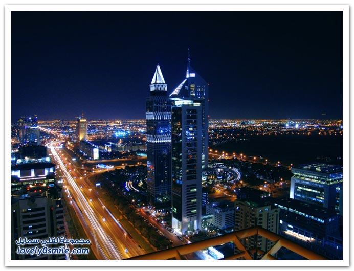 ����� ������ ��� ���� Dubai-At-Night-10.jpg