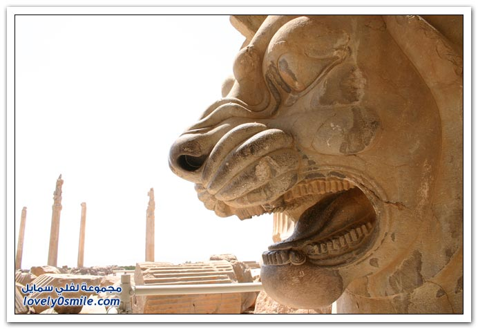 صور من الآثار التاريخية في إيران