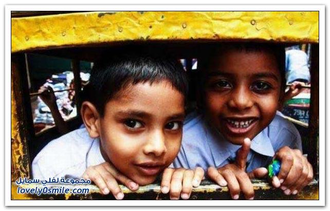 صور باصات نقل الطلاب في الهند