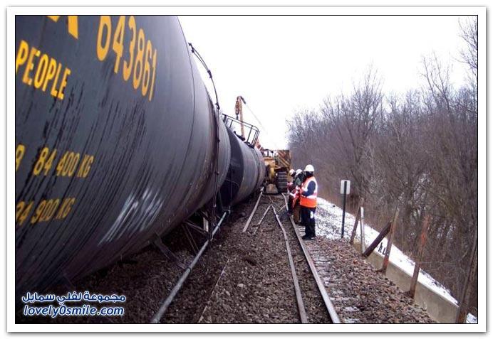 صور حادث تحطم قطار
