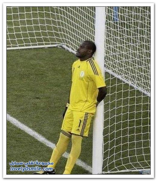 صور الحارس الأكثر هدوء في كأس العالم 2010 calmest_goalkeeper_o