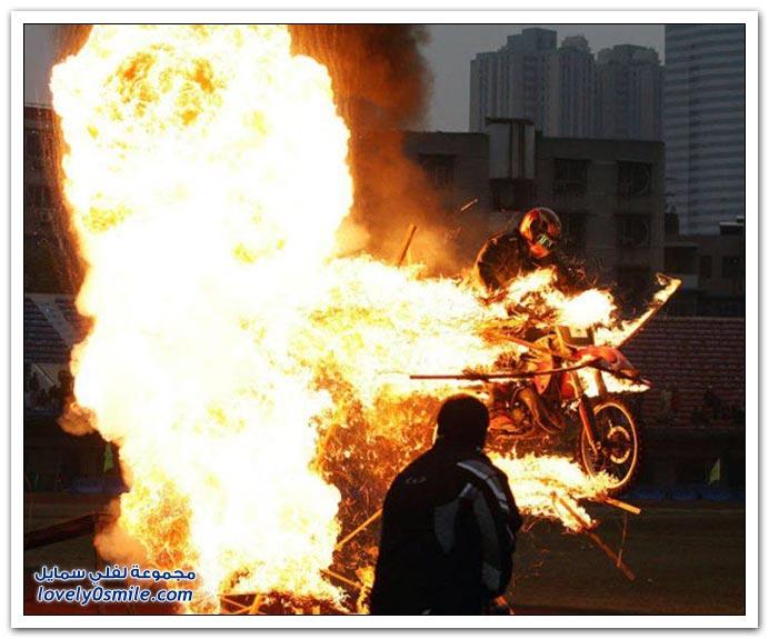 صور القفز بالدراجات النارية