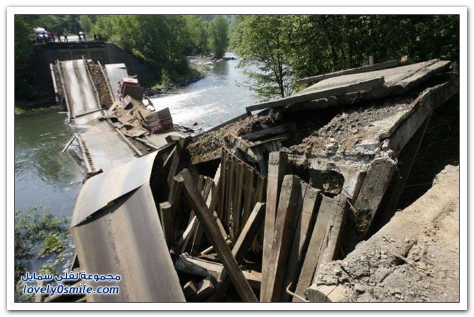 سوء البناء وثقل الشاحنة حطم الكبري