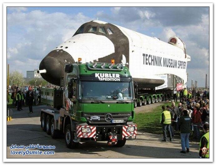 نقل الطائرات والسفن والمعدات الضخمة