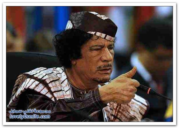 القذافي يحرق ليبيا وشعبها 024