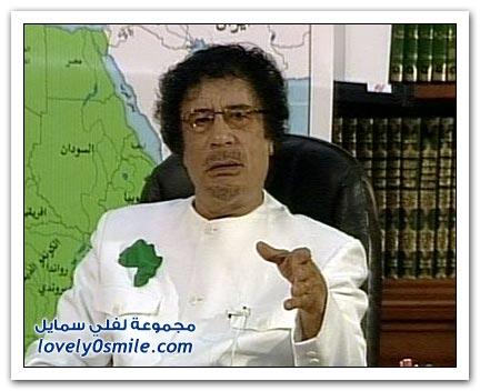 القذافي يحرق ليبيا وشعبها 025