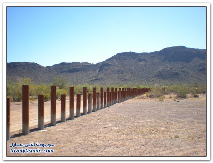 جدار الحدود بين الولايات المتحدة والمكسيك