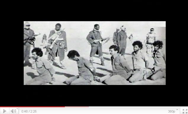 القذافي يحرق ليبيا وشعبها Youtube-00243