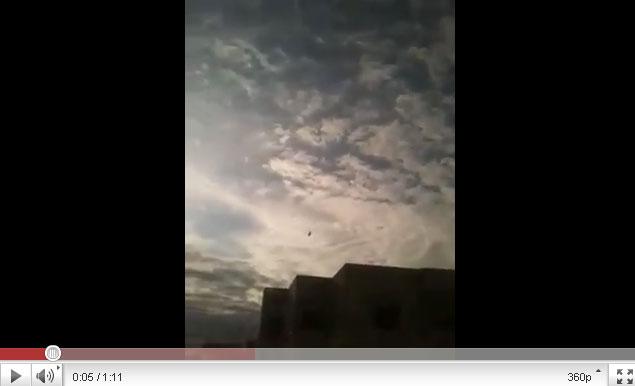 القذافي يحرق ليبيا وشعبها Youtube-00245
