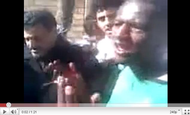القذافي يحرق ليبيا وشعبها Youtube-00246