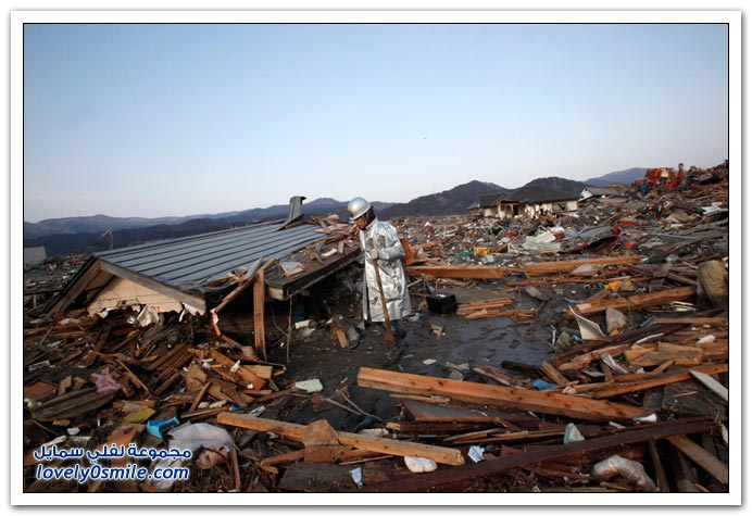 آثار زلزال وتسونامي اليابان 2011