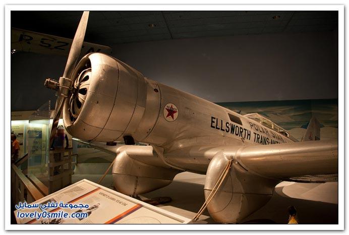 طائرة غاما أول نموذج تجاري ناجح