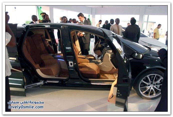سيارة الزعيم الليبي معمر القذافي
