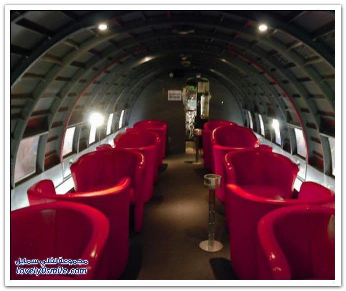 مطعم داخل طائرة سوفيتية قديمة