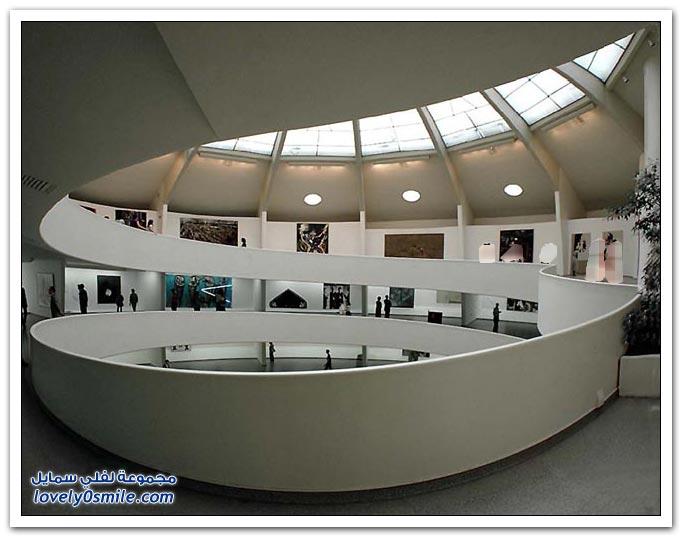 قوس الكاروسيل + متحف الفن الحديث