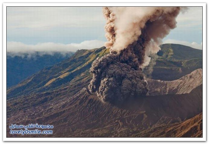 البراكين والحمم البركانية العالم