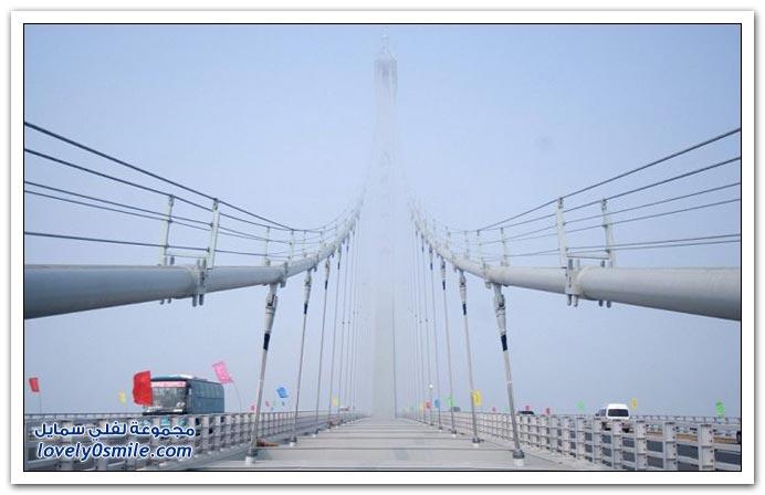 افتتاح أطول جسر في العالم في الصين