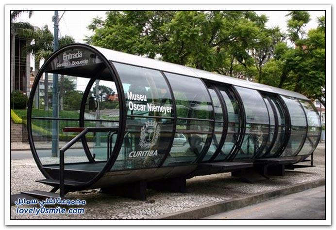 أشكال عجيبة لمحطات الباصات حول العالم