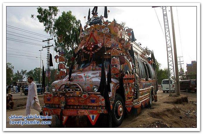 تزيين الشاحنات في باكستان