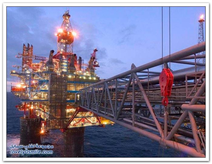 أضخم منصات استخراج النفط والغاز في العالم TheUltimateMovingTro
