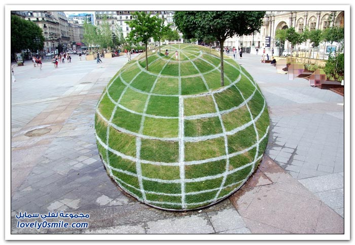 شكل جمالي ثلاثي الأبعاد في باريس