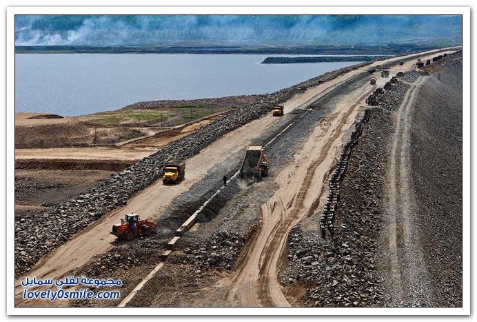 سد ومحطة توليد كهرباء في روسيا تحت الإنشاء