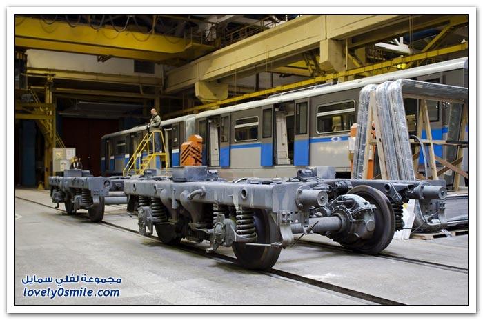 مصنع عربات القطارات والمتروا في روسيا