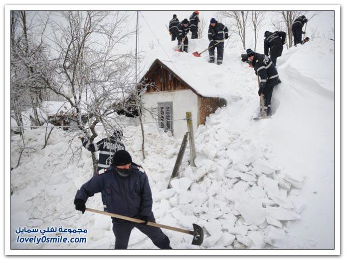 تصور ينزل الثلج على بيتكم بهذا الشكل
