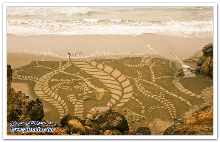 الرسم على الرمال