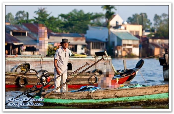 السوق العائم في فيتنام