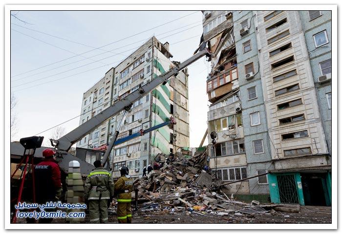 فيديو وصور: لحظة انهيار مبنى في مدينة استراخان في روسيا