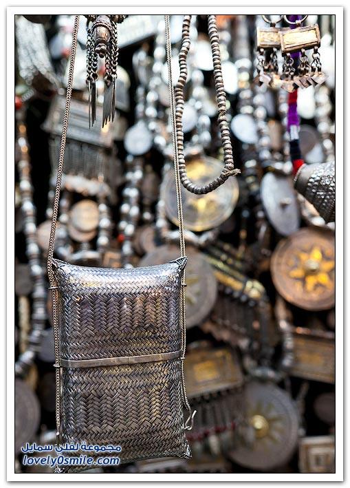 سوق مطرح أو سوق الظلام العماني في مسقط
