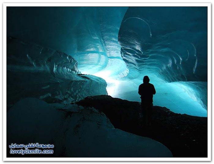 الكهوف الجليدية في ولاية ألاسكا