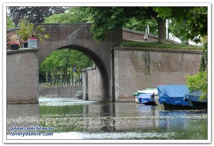 قرية ناردن الهولندية المحصنة بالماء