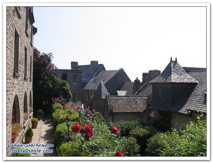 قلعة مونت سانت ميشيل في فرنسا