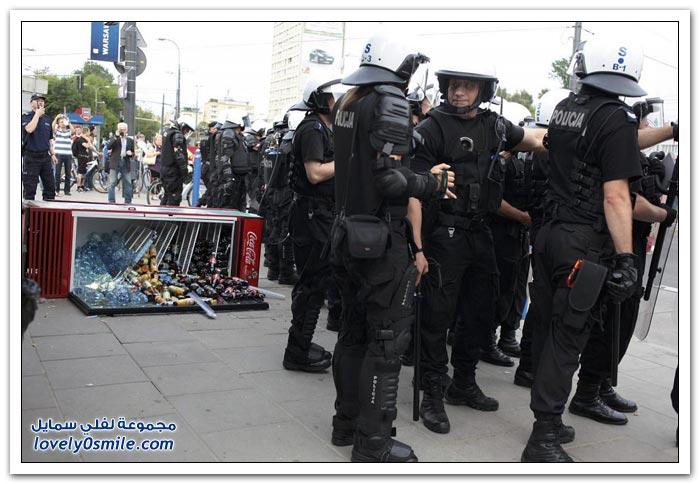 أحداث العنف بين منتخبي روسيا وبولندا