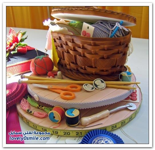 محترف صناعة الكيك بأشكال مختلفة