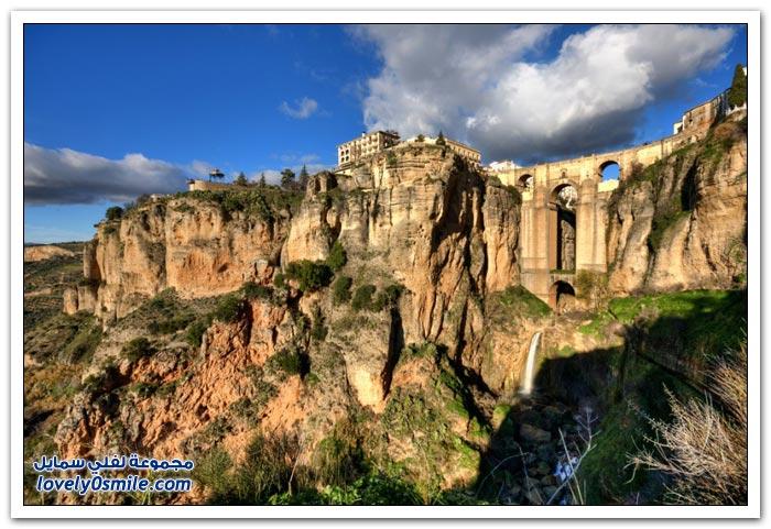 روندا - مدينة رائعة على الصخور