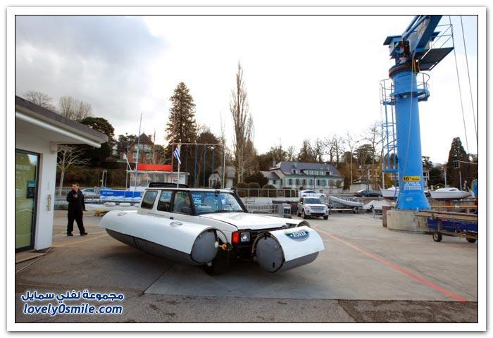سيارة لاند روفر ديسكفري العائمة