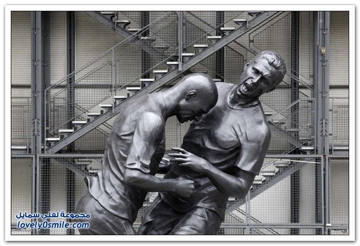 نصب تذكاري في فرنسا لنطحة زيدان زين الدين